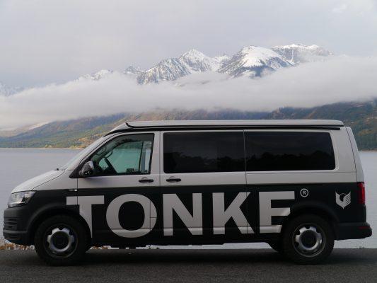 Tonke.eu - Kampeerauto op maat - Op de weg